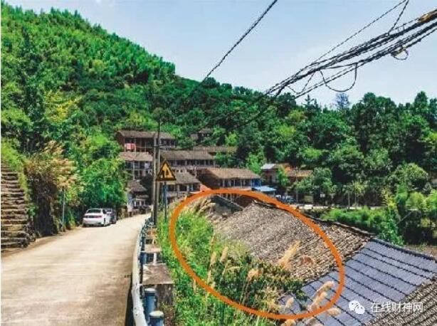 背靠马路风水图,住宅房屋后面有马路为什么不好?房子后面有路的风水化解方法